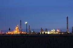 Usine de raffinage de pétrole Photographie stock libre de droits