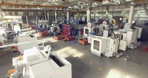 Usine moderne à l'intérieur Vue d'usine clips vidéos
