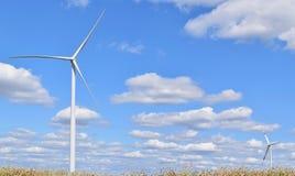 Usines d'énergie éolienne dans Alibunar, Serbie Images stock