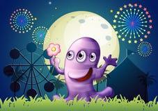 Usines devant le monstre aux yeux de trois au carnaval Image stock