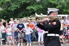 Usmc-Marinekraft-Vorbehalt-Band, das Trombones spielt Stockfoto