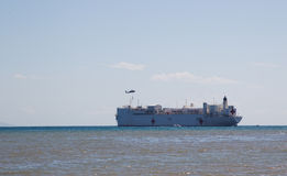 USNS Mercy awaiting pick up from heli Royalty Free Stock Photography