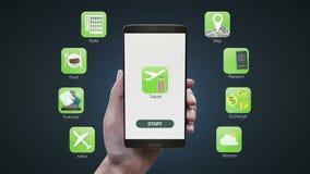 Uso conmovedor del viaje en la pantalla móvil, hotel de reservación, línea aérea, mapa, tiempo, pasaporte, comida, icono del inte stock de ilustración