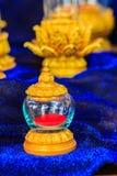 Uso de cristal de oro tailandés del ataúd del vintage hermoso para el cer religioso Fotografía de archivo libre de regalías