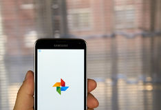 Uso de las fotos de Google Imágenes de archivo libres de regalías