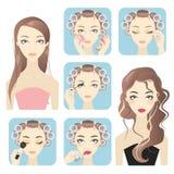Uso del maquillaje de la mujer de Beautifful Foto de archivo libre de regalías