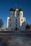 Uspensky-Kathedrale in Kolomna auf dem Kathedralenquadrat Stockfotografie