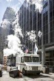 USPS-Zustellungslieferwagen NYC stockbilder
