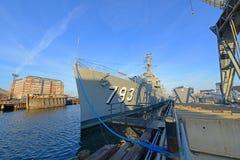 USS卡辛年轻DD-793在波士顿,马萨诸塞,美国 库存照片