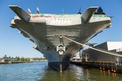 USS强悍,艾塞克斯班的航空母舰,在强悍海空气空间博物馆 免版税库存图片