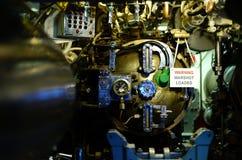 USS背脊柴油潜艇鱼雷控制 免版税库存照片