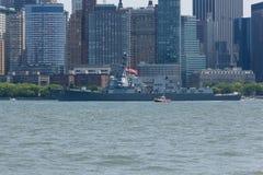 USS Bainbridge bij Vlootweek stock foto