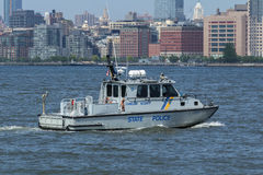 USS Bainbridge na semana da frota imagens de stock royalty free