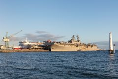 USS Bonhomme Richard LHD-6 Wasp-class amphibious assault ship of the United States Navy. Melbourne, Australia - August 30, 2017: USS Bonhomme Richard LHD-6 Wasp royalty free stock photos