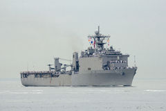 USS Oak Hill dock landing ship of the United States Navy during parade of ships at Fleet Week 2014. NEW YORK - MAY 21  USS Oak Hill dock landing ship of the Stock Images