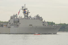 USS Oak Hill dock landing ship of the United States Navy during parade of ships at Fleet Week 2014. NEW YORK - MAY 21: USS Oak Hill dock landing ship of the Stock Photos