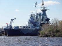 USS Pólnocna Karolina pancernik w Wilmington, Pólnocna Karolina port morski obraz stock