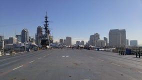 USS situado a mitad del camino Imágenes de archivo libres de regalías