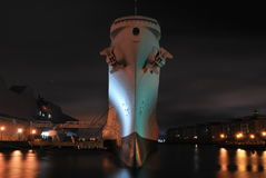 USS Wisconsin на своем окончательном порте Стоковое Изображение RF
