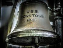 USS Yorktown vergt Reparaties stock afbeelding