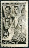 USSR - 1938: przedstawienie lotnicy Gromov, Danilin, Yumashev i lot trasa, Pierwszy biegunowy lot, Czerwiec 18-20, 1937 zdjęcia stock