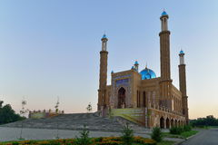 Ust-Kamenogorsk miasta meczet zdjęcie royalty free