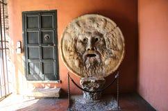 Usta prawdy Bocca della Verita, kościół Santa Maria ja zdjęcie royalty free