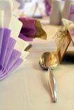 ustalenie srebrnej łyżeczki do stołu Obrazy Stock