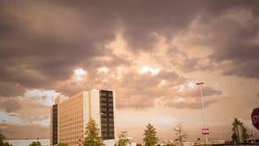 Ustanawiający strzał wysoki nowożytny wysoki wzrosta budynek - filmowa wersja zbiory wideo