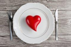 Ustawiać dla valentine& x27; s dnia romantyczny gość restauracji Odgórny widok Przestrzeń dla Fotografia Royalty Free