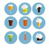 ustawiać piwne ikony butelka, szkło i etykietka, filiżanki sylwetka odizolowywająca, oktoberfest Zdjęcia Royalty Free