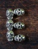 Ustawia abecadło listy od metal czaszek - Halloween Zdjęcia Stock