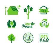 Ustawia ikony eco dom, ratujący energię i wodę, śmieciarski przetwarzać Obrazy Stock