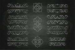 Ustawia kaligrafia monograma kwiecistego projekt, rocznika loga deseniowa kreda na blackboard obrazy stock