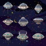 Ustawia latającego spodeczka, statku kosmicznego UFO Ilustracyjnej kreskówki, śmieszny, niezidentyfikowany statek kosmiczny, i st ilustracja wektor