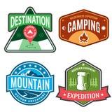 Ustawia odznak halne wyprawy i loga emblemata przygodę outdoors Obraz Royalty Free
