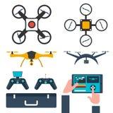 Ustawia trutni Płaski projekt Trutnia quadrocopter również zwrócić corel ilustracji wektora Obraz Royalty Free