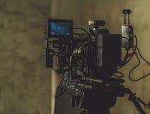 Ustawiająca film kamera zdjęcie royalty free