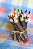 ustawiający barwioni ołówki Obrazy Stock