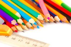 ustawiający barwioni ołówki Zdjęcia Royalty Free