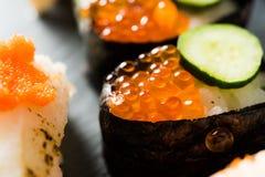 ustawiony tło składa surowego łososiowego sashimi suszi biel Zdjęcie Royalty Free