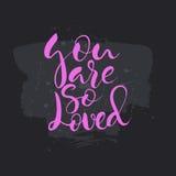 Usted es tan texto amado Tarjeta con caligrafía Imagen de archivo libre de regalías