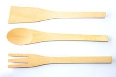 Ustensile en bois de cuisine authentique d'omoplate, de cuillère et de fourchette Image libre de droits