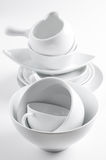 Ustensiles blancs de vaisselle et de cuisine Photographie stock
