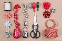 Ustensiles d'emballage cadeau Photographie stock libre de droits