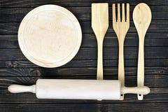 Ustensiles de cuisine sur le Tableau images stock