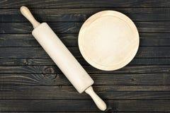 Ustensiles de cuisine sur le Tableau photographie stock libre de droits