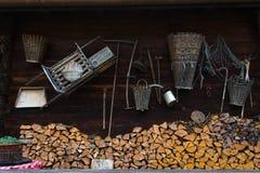 Ustensiles de village, Grindelwald, Suisse Photographie stock libre de droits