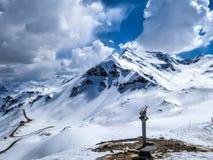 ?ustria - estrada alpina alta imagens de stock