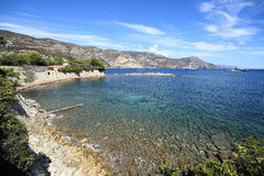 Ustronna zatoka w Śródziemnomorskim, Francja Fotografia Royalty Free